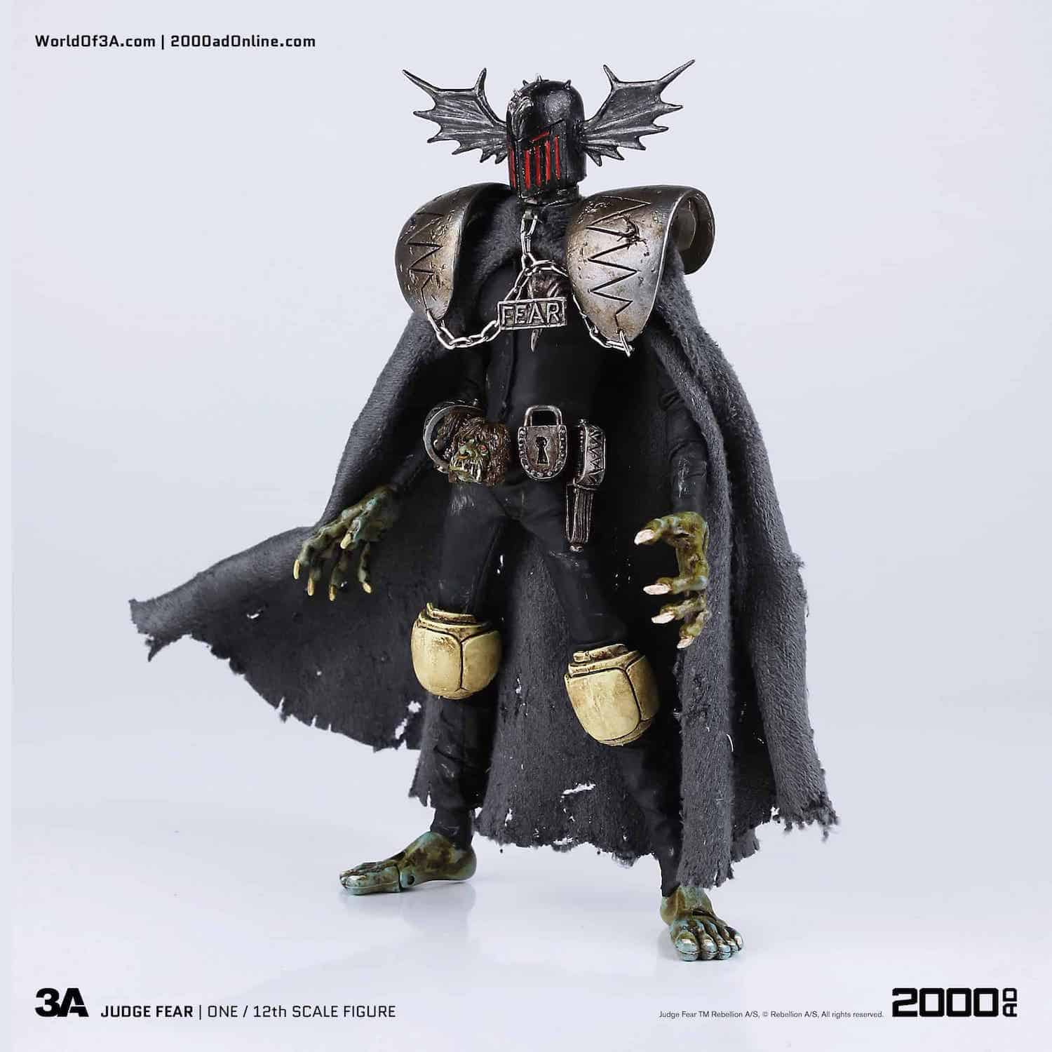 JUEZ MIEDO (JUDGE FEAR) FIGURA 16,76 CM JUDGE DREDD 3A 2000 A.D.
