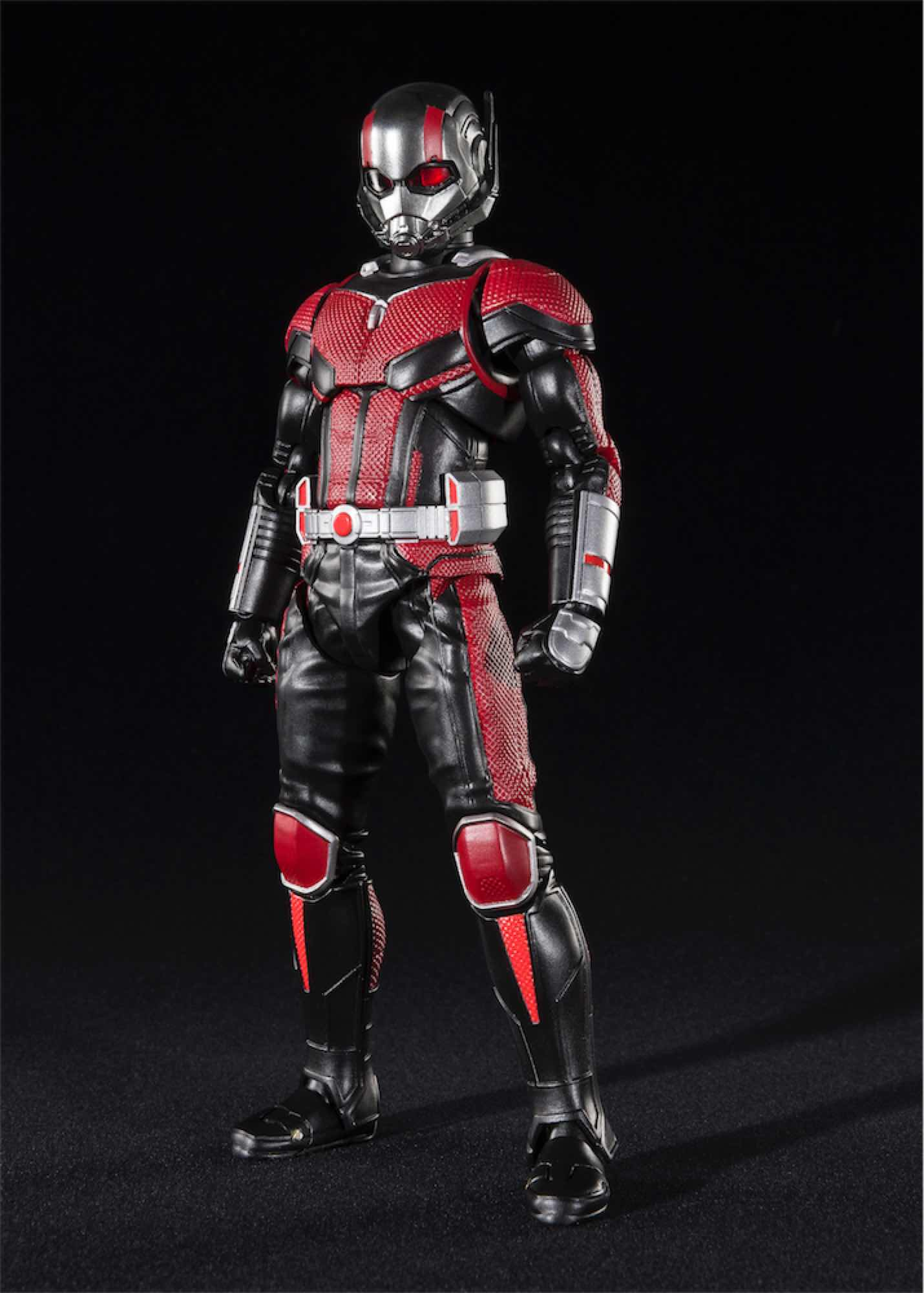 ANT-MAN & HORMIGA SET 2 FIGURAS 15 CM MARVEL ANT-MAN AND THE WASP SH FIGUARTS