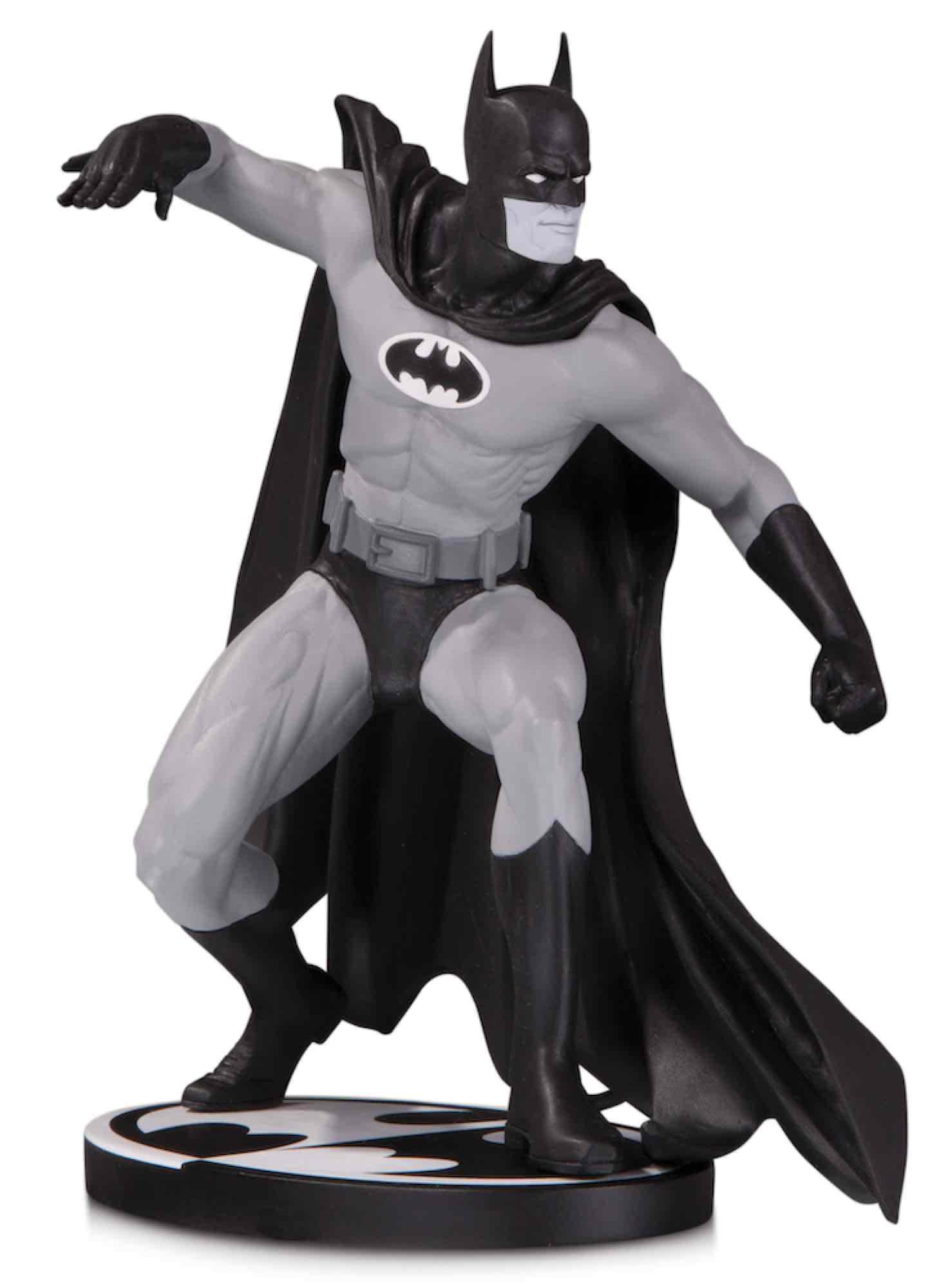 BATMAN B&W BLACK AND WHITE BY GENE COLAN ESTATUA 17 CM BATMAN UNIVERSO DC