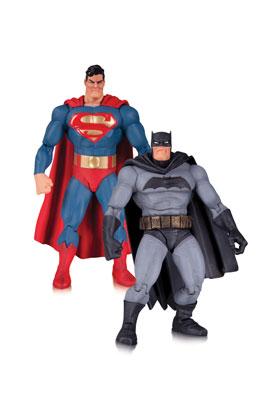 SUPERMAN Y BATMAN FIGURA 17 CM THE DARK KNIGHT RETURNS 30 ANIVERSARIO PACK 2