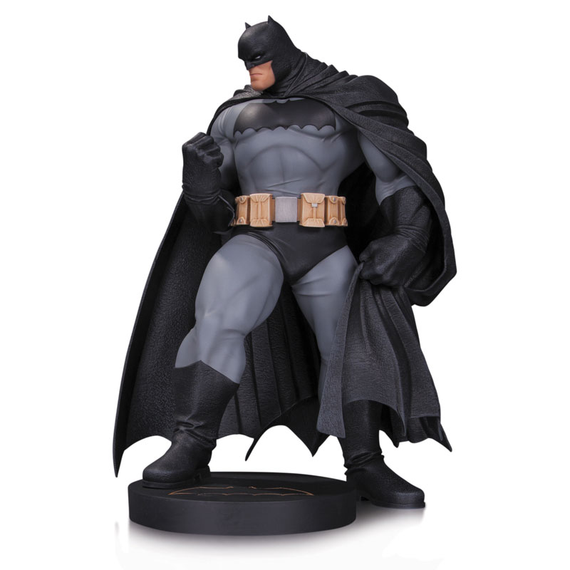 BATMAN BY ANDY KUBERT ESTATUA 30 CM BATMAN DC COMIC S DESIGNER SERIES