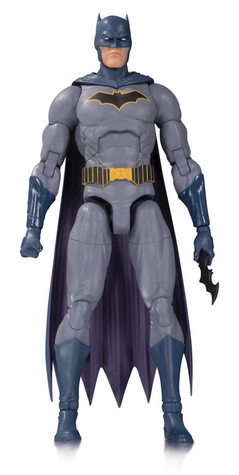 BATMAN FIGURA 18 CM DC ESSENTIALS ACTION FIGURE UNIVERSO DC