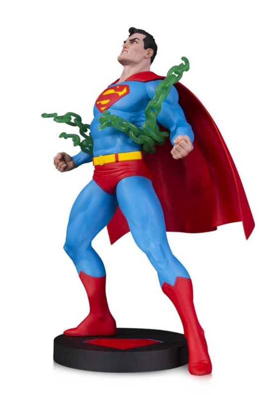 SUPERMAN POR NEAL ADAMS ESTATUA UNIVERSO DC COMICS DESIGNER SERIES