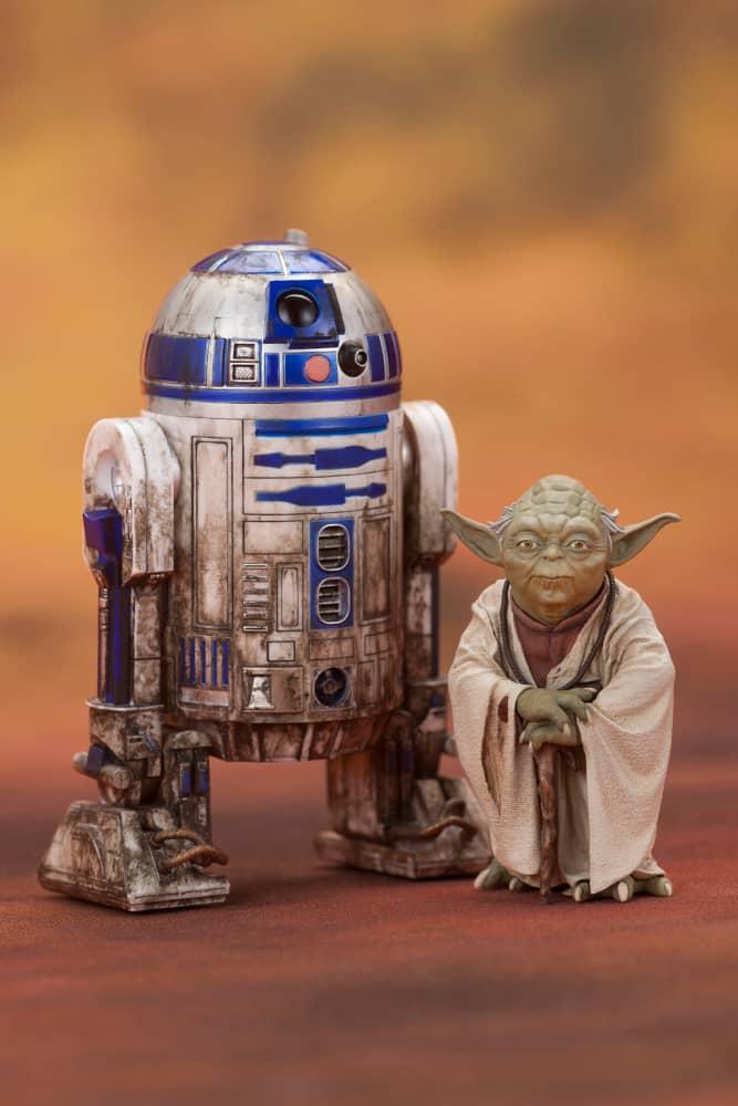 YODA & R2-D2 DAGOBAH SET 2 FIGURAS 6,6/9,6 CM STAR WARS ART FX