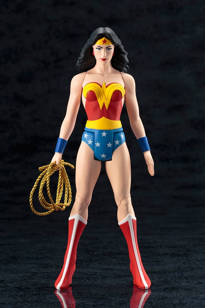 WONDER WOMAN ESTATUA 19 CM DC COMICS CLASSIC ART FX+