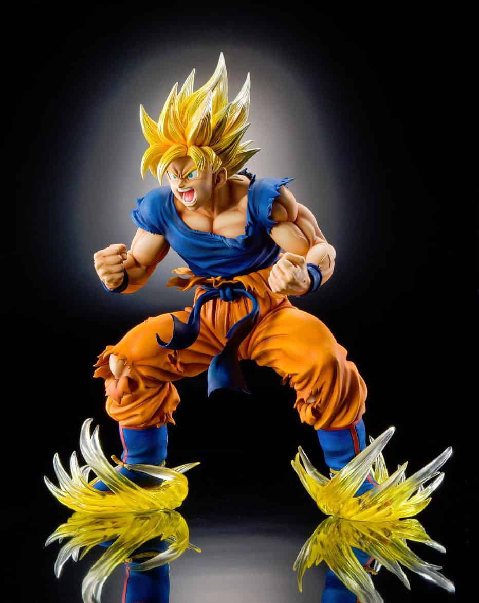 SUPER SAIYAN GOKU  FIG 23 CM DRAGON BALL Z MEDICOS SUPER FIGURE ART