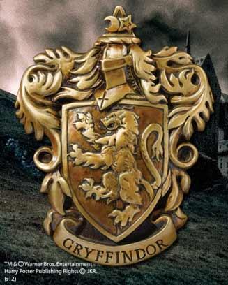 CASA GRYFFINDOR ESCUDO DE PARED 20 X 28 CM EN RESINA, HARRY POTTER