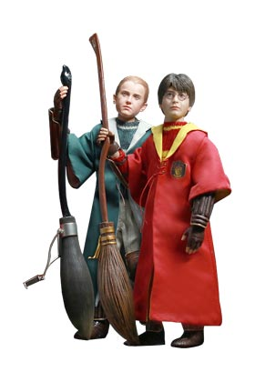 HARRY POTTER Y DRACO MALFOY (QUIDDITCH VERSION) PACK 2 FIGURAS 26 CM HARRY POTTER STAR ACE